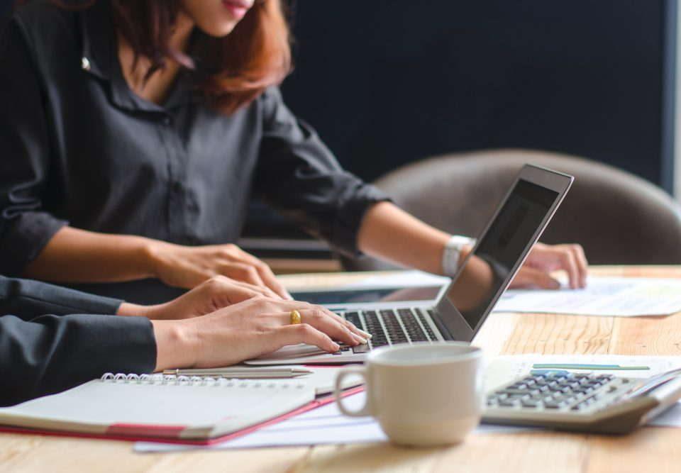 Księgowość Toruń - BIuro rachunkowe Toruń praca w zawodzie księgowej kadrowej